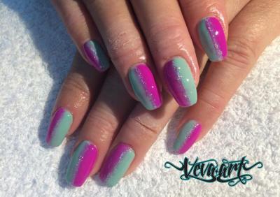 Kombinace barev a glitrů