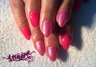 Neon pink a glitry