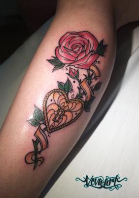 Dívčí motiv - růže